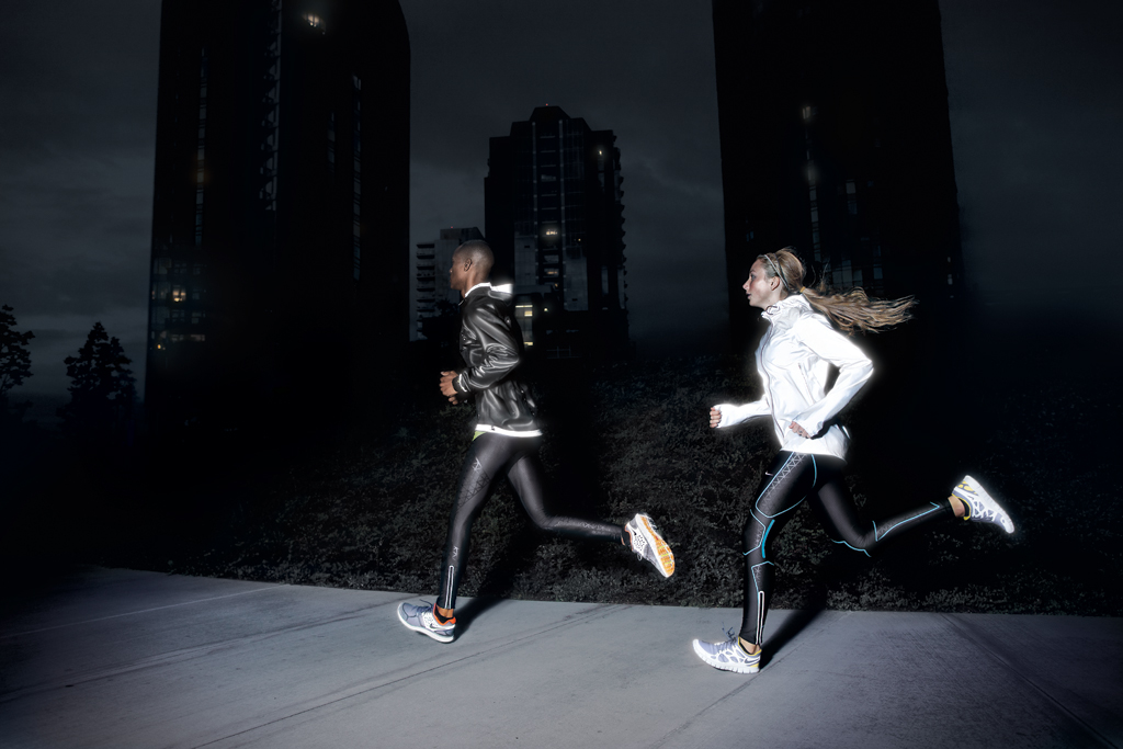 nike-running-2011-holiday-dark-collection-2